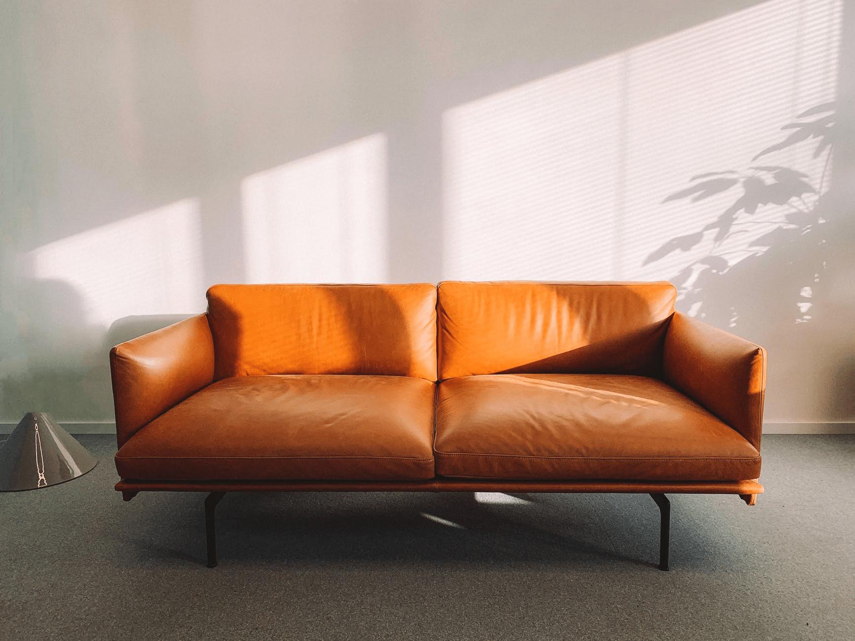 Comment nettoyer un canapé en nubuck