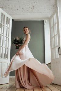 robe de mariee dans les tons pastel