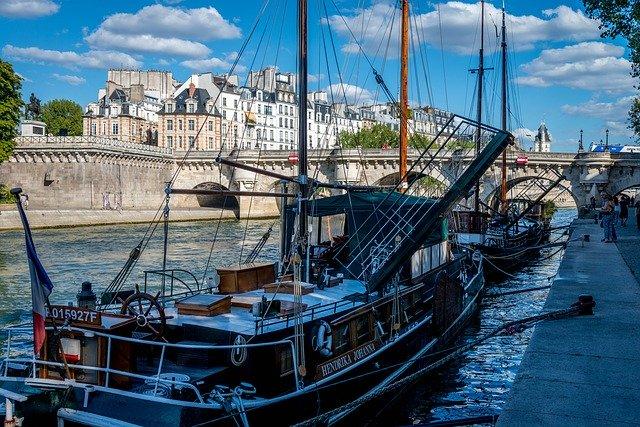 Un dîner croisière à Paris pour tous vos évènements