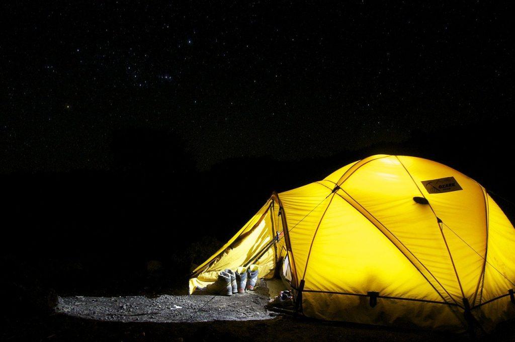 Quel est le prix des vacances dans un mobil d'un camping d'argeles avec la location d'un hebergement pour quelques nuits
